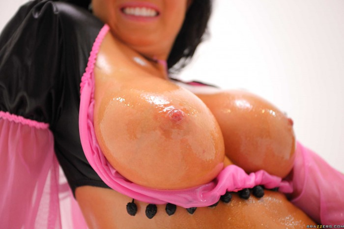 Loni Evans Oiled Up